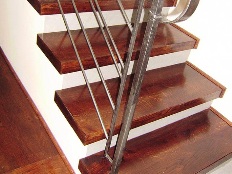 droran_wood_stairs 2
