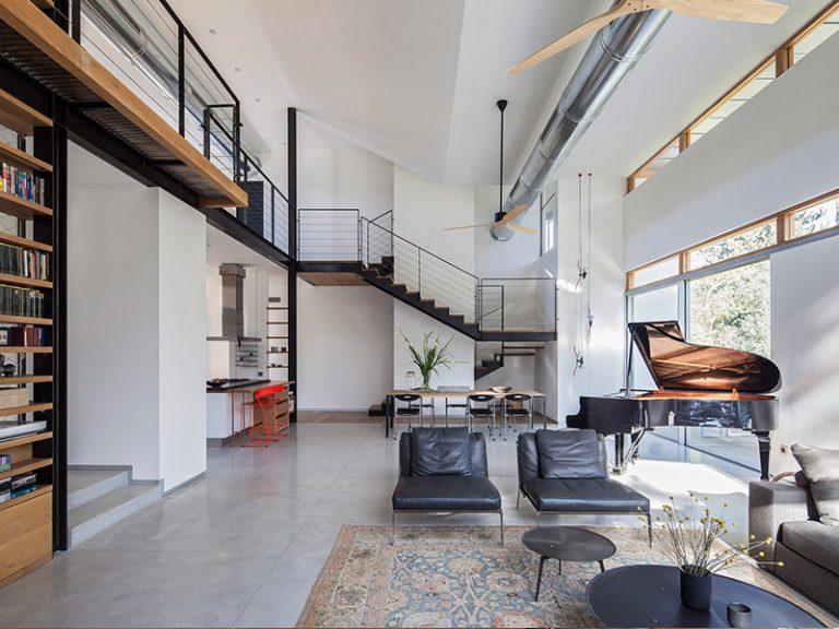 מדרגות עץ מרחפות- אדריכלית קדם שנער