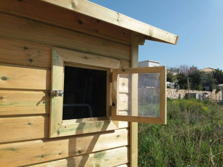 A wooden warehouse-droran 2018 (2)